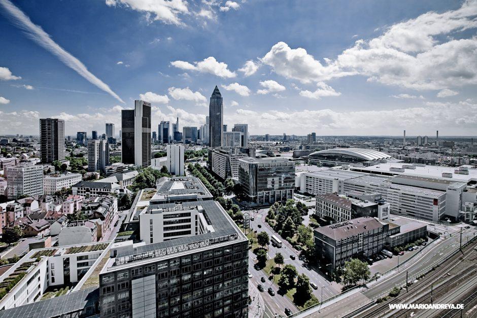 Frankfurt am Main Himmelblau