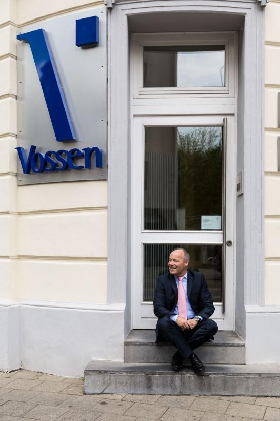 Porträts Editorial Dr. Klaus Vossen Aachen