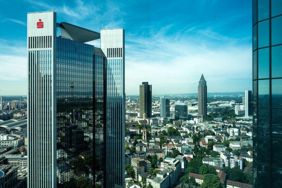 Frankfurt durchs Fenster