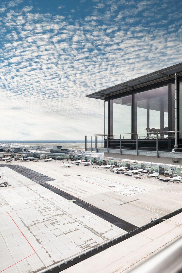 Tower Deutsche Flugsicherung Frankfurt-Flughafen